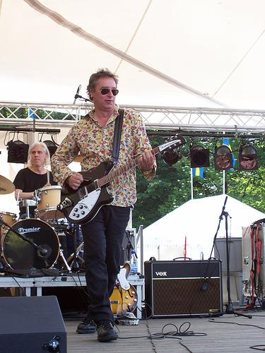 Peter Buck with Rickenbacker and Vox AC30