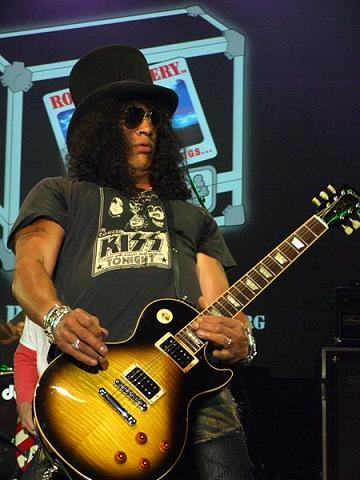 Slash on Les Paul guitar