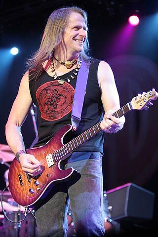 Steve Morse playing guitar