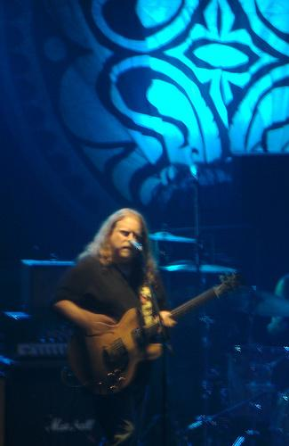 Warren Haynes live on guitar